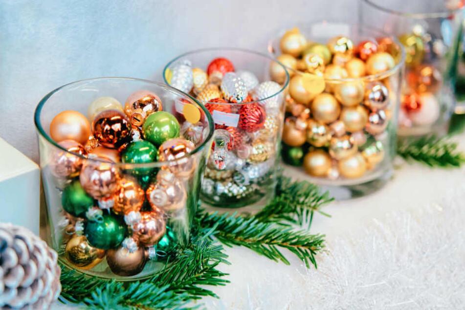 Wer noch Weihnachtsdekoration sucht, wird am Schloss Charlottenburg fündig.