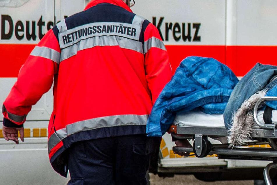 Zwei Männer wurden schwer verletzt (Symbolbild).