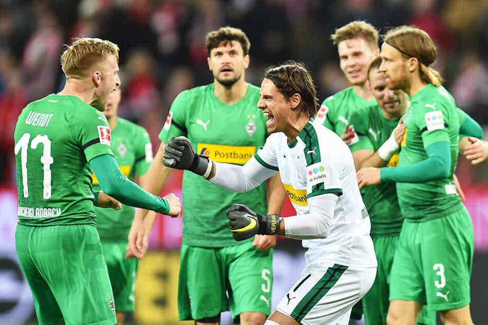 Die Erleichterung steht den Spielern von Borussia Mönchengladbach nach dem 1:0-Zittersieg beim 1. FSV Mainz 05 ins Gesicht geschrieben.