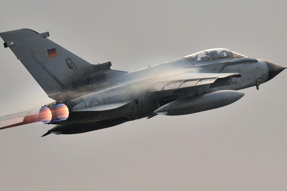 Kampfjets der Bundeswehr flogen ein Manöver gegen eine ägyptische Passagiermaschine.
