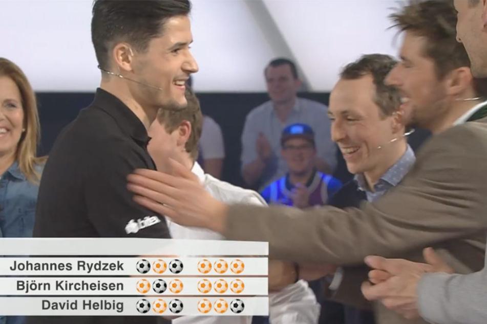 Wow! Bielefelder schlägt Weltmeister an der Torwand im ZDF-Sportstudio