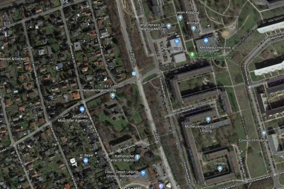 Der Mann wurde auf frischer Tat ertappt, als er zwei Männer auf der Kiewer Straße angriff.