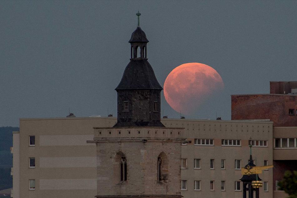 So schön war die Mondfinsternis über Erfurt