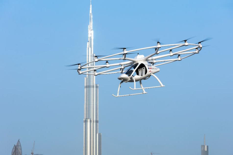 Ein Volocopter beim Flug in Dubai.