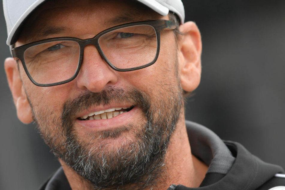 Pele Wollitz musste mit Cottbus den Abstieg in die Regionalliga verkraften.