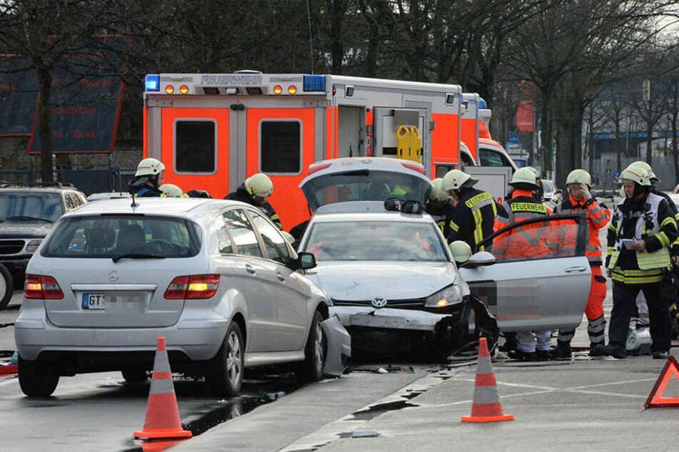 Die Feuerwehr musste die Frau retten, um schlimmere Verletzungen zu vermeiden.