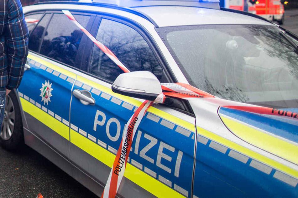 Ein Mann hatte seine Frau übersehen, als er in Königsfeld rückwärts aus der Garage fuhr.