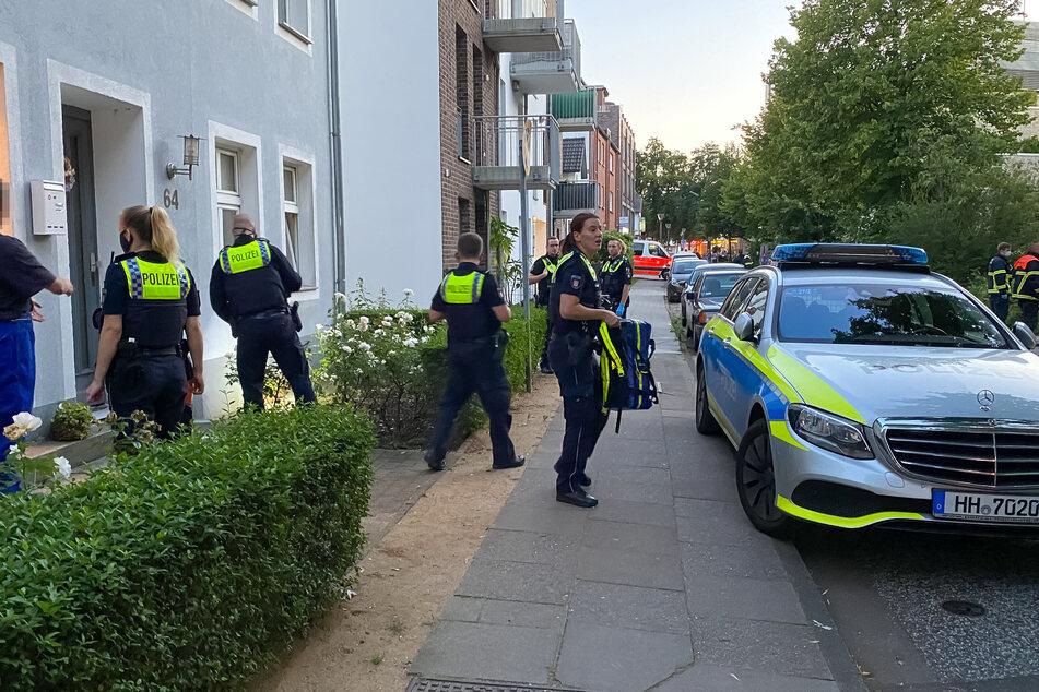 Die Polizei im Einsatz vor Ort in Niendorf