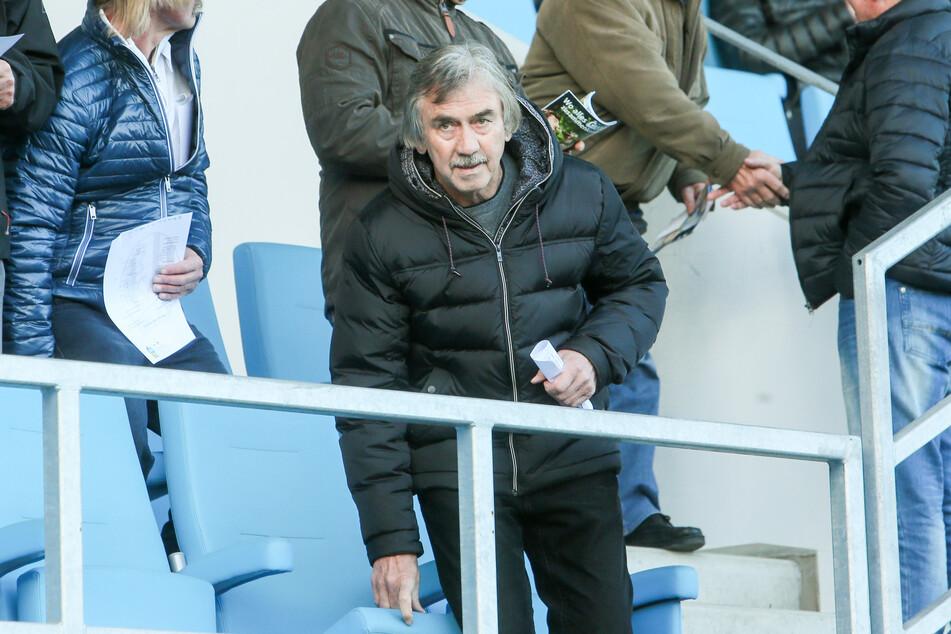 Gerd Schädlich (67) übernahm den FCE im Juli 1999, vier Jahre später stieg er in die 2. Bundesliga auf.