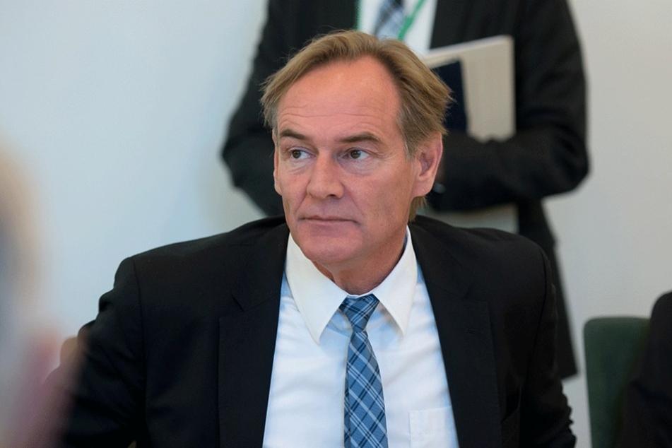 Leipzigs OB Burhard Jung macht Druck auf den Eigentümer des Uniriesen.