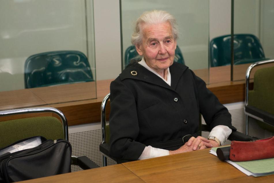 Holocaust-Leugnerin Ursula Haverbeck im Gerichtssaal