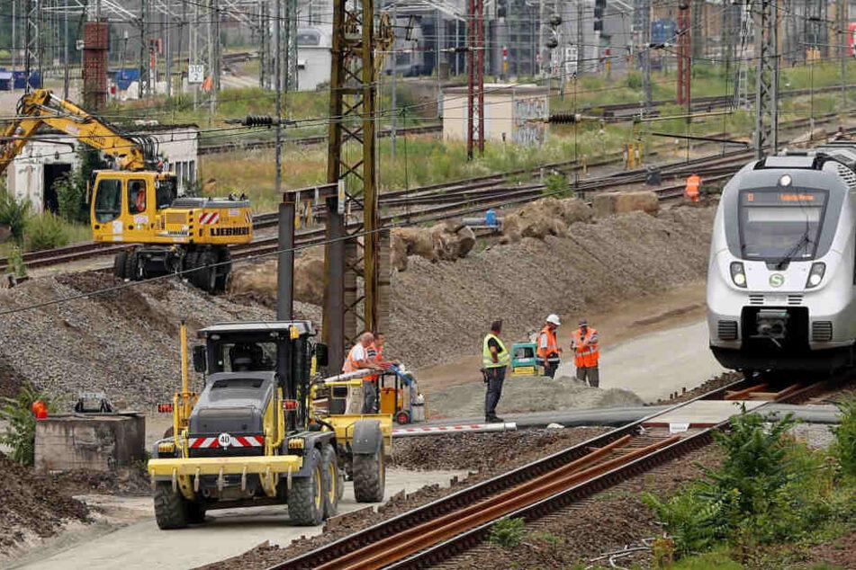 Arbeiten der Deutschen Bahn sorgen derzeit für schlaflose Nächte in Leipzig-Mockau (Symbolbild).