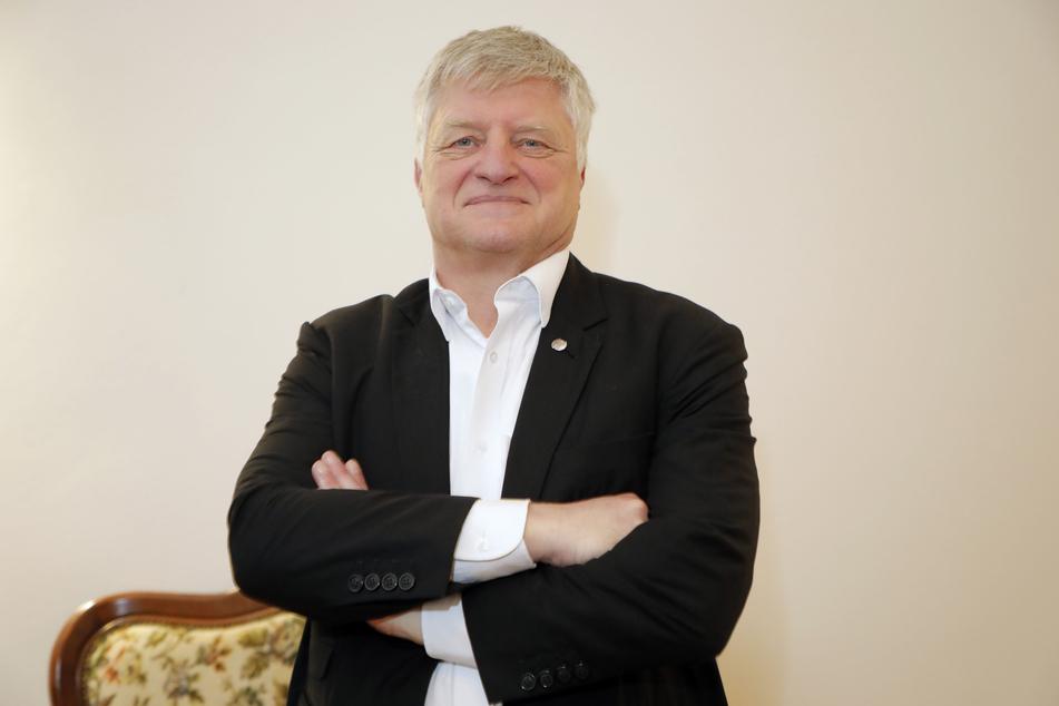 Soll die Wahl Putins auf Kosten Russlands verfolgt haben: OB-Kandidat Ulrich Oehme (60, AfD).
