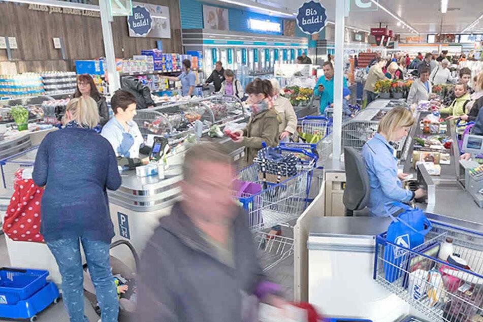 Aldi Nord Kühlschrank 2018 : Aldi eröffnet heute in löbtau die ersten kunden gewinnen alle