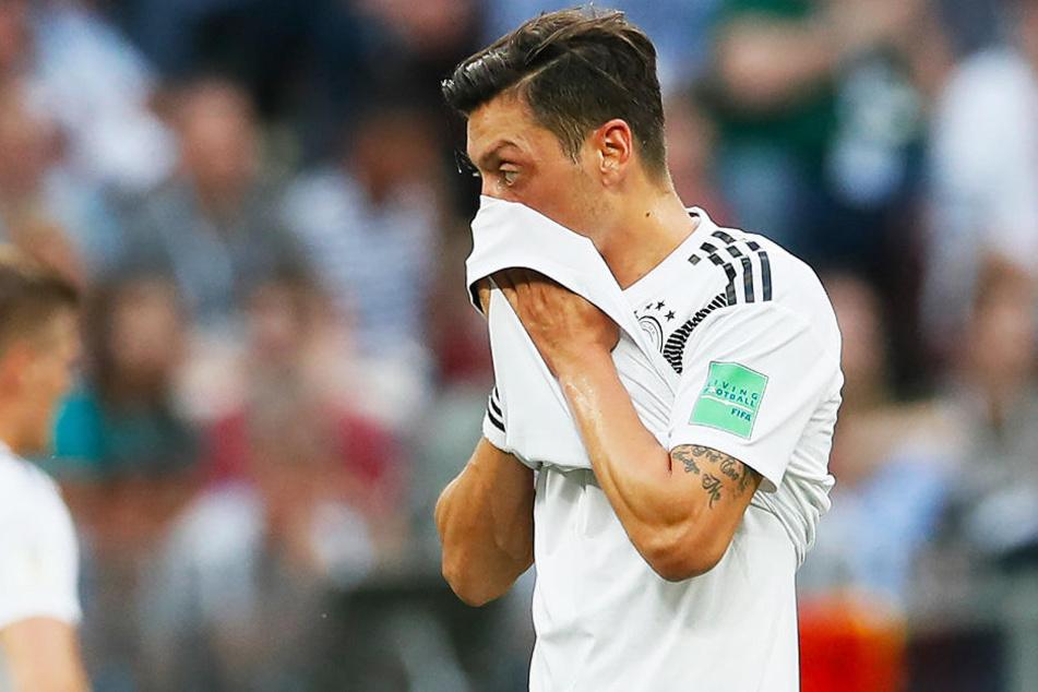 Die Diskussion um Mesut Özil hält weiter an.