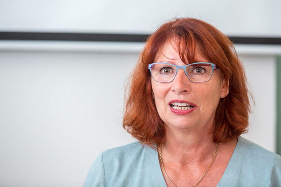 Sachsens Integrationsministerin Petra Köpping (59, SPD) will mit der Auflage  den Großstädten helfen.