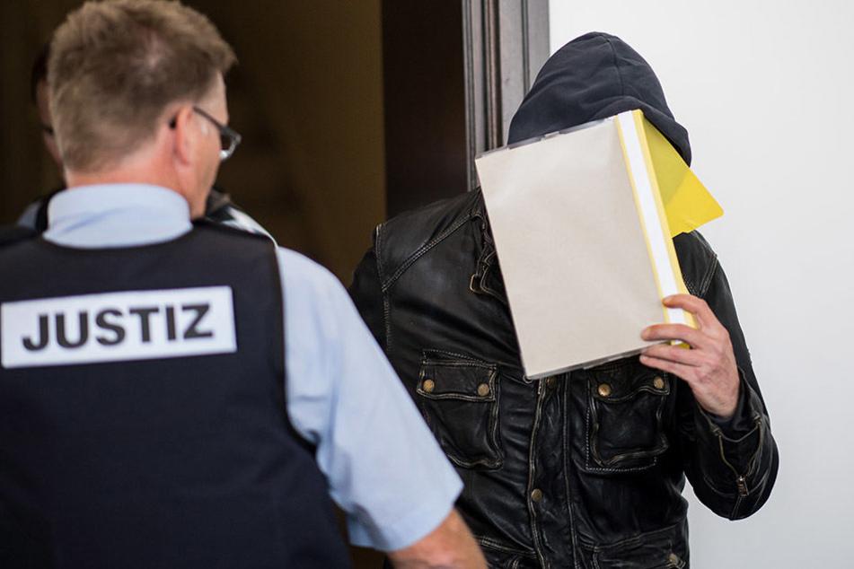 47-Jähriger nach Busentführung und Geiselnahme vor Gericht