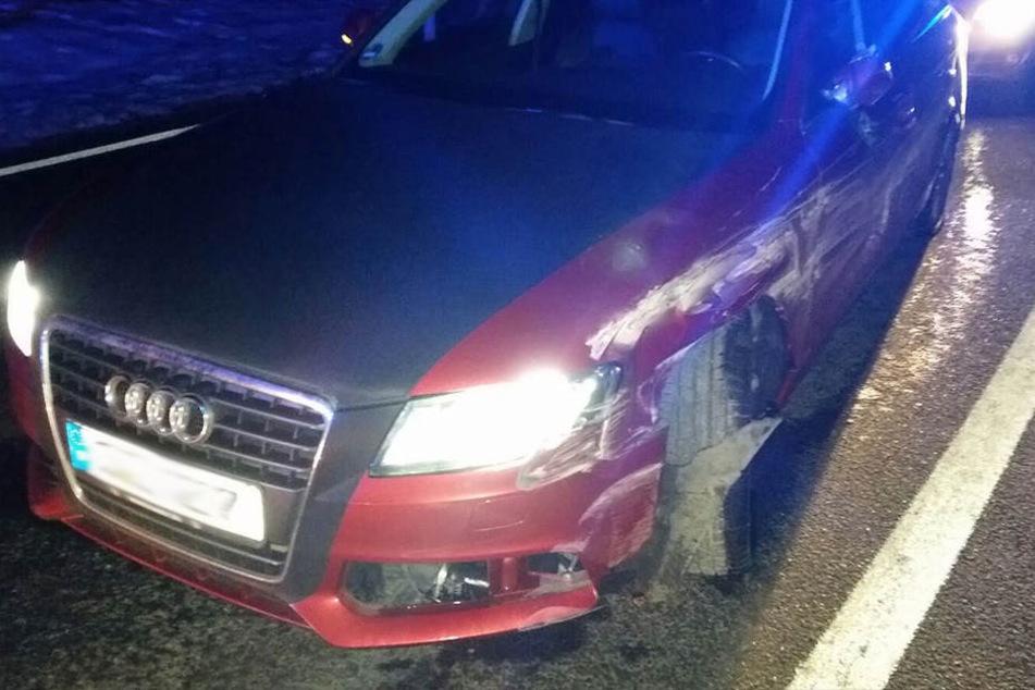 Schon wieder wurde ein geklauter Audi geschrottet. Die Polizei konnte die Dieb nun schnappen.