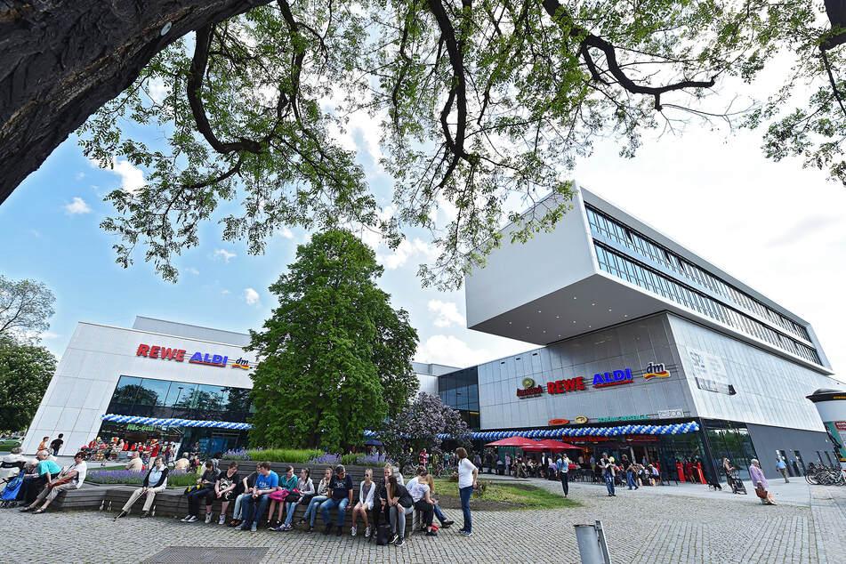 Am Einkaufszentrum SP1 am Straßburger Platz kam es zur Schlägerei mit mehreren Beteiligten.