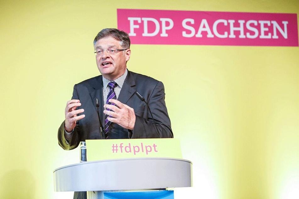 """""""Die Kündigung hat keine Grundlage"""": FDP-Chef Holger Zastrow (50)."""