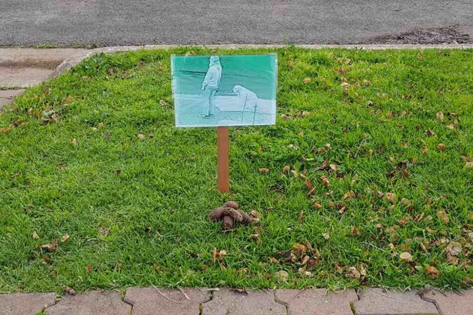 Dieses Schild stellte Steve Tamblyn vor seinem Grundstück auf.