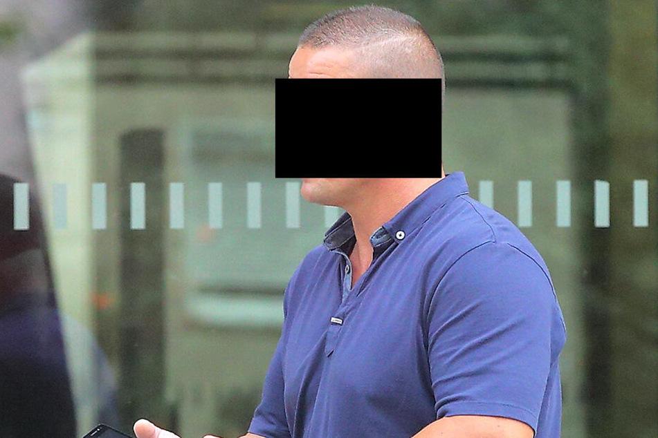 Ex-Polizist Martin F. (44) muss Strafe zahlen.