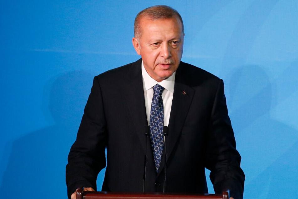 Der türkische Ministerpräsident Recep Tayyip Erdogan schickt mehrere inhaftierte IS-Anhänger zurück nach Deutschland. (Symbolbild)