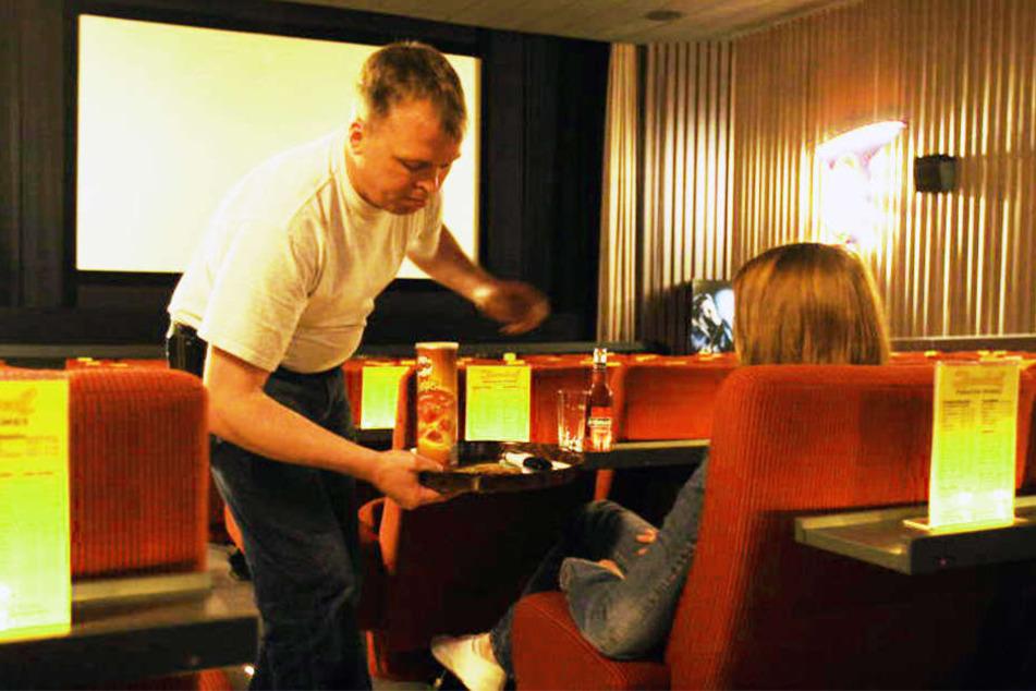 Patrick und Nicole Kulemann vom Zentral-Theater in Spenge gehören zu den Preisträgern. Ihr Kino wurde mit der Programmprämie in Höhe von 2000 Euro ausgezeichnet.