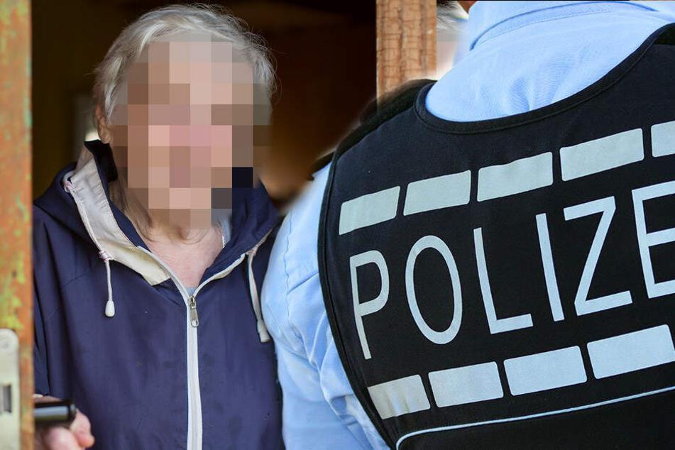 """Sie zeigten ihren """"Dienstausweis"""": Polizisten klauen Schmuck aus Wohnung"""