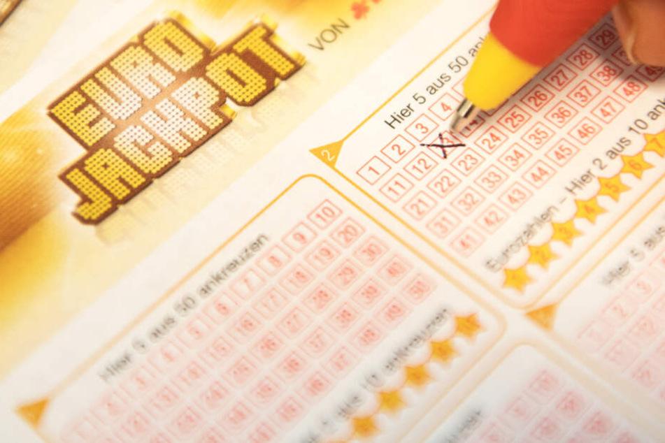 Der Eurojackpot-Gewinn ingesamt betrug 90 Millionen Euro (Symbolbild).