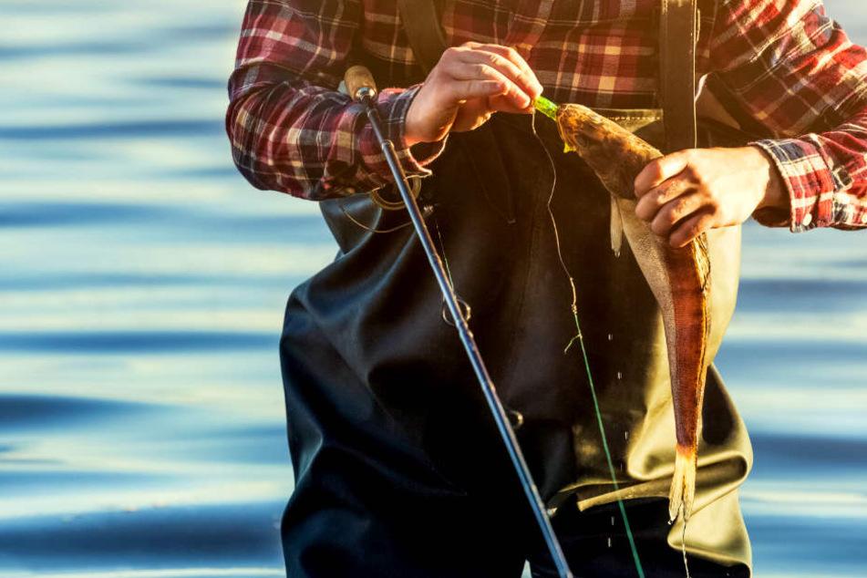 52-jähriger Angler verheddert sich in Angel und stirbt