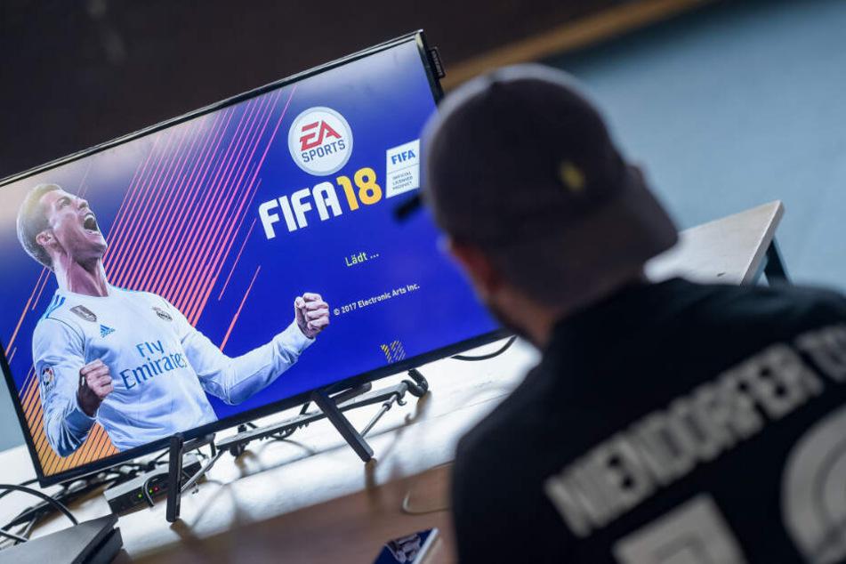 """Beim Champions Cup wird der beliebte FIFA 19-Spielmodus """"Ultimate Team"""" gespielt."""