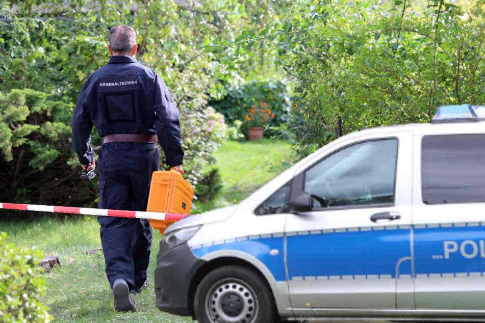 Grausamer Fund! Tochter entdeckt Leichen in Kleingarten