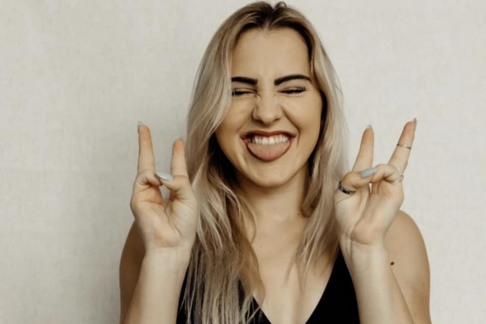 Trotz ihres Handicaps ist die 23-Jährige super happy.