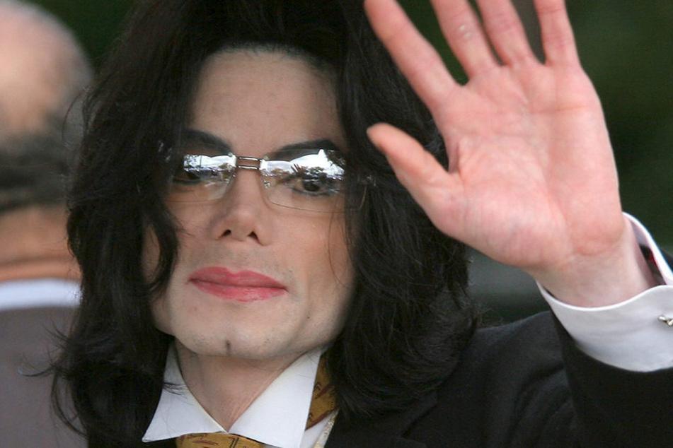 Anscheinend Freunde mit gewissen Vorzügen: Michael Jackson und Madonna.