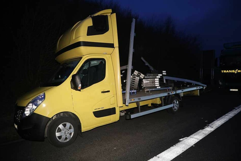 Dieser Transporter hatte seine Ladung verloren.