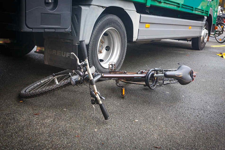 Die Fahrradfahrerin hatte keine Chance. (Symbolfoto)