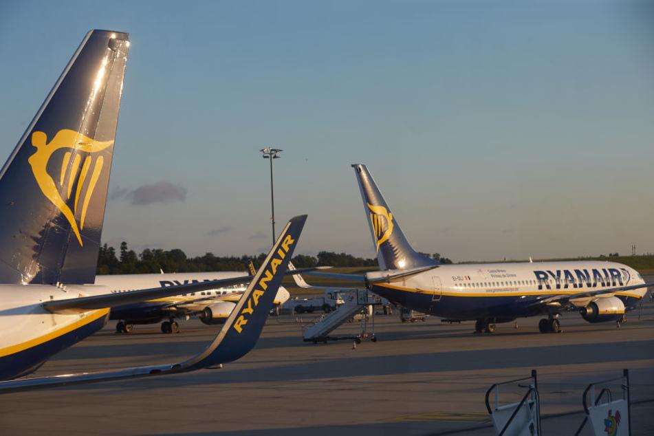 Europaweit streiken Ryanair-Piloten, es kommt zu zahlreichen Flugausfällen.