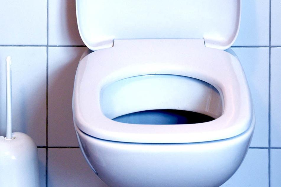 Es ist schon ein gravierender Unterschied, ob man ein Restaurant oder eine Toilettenschüssel in die Luft jagen will.