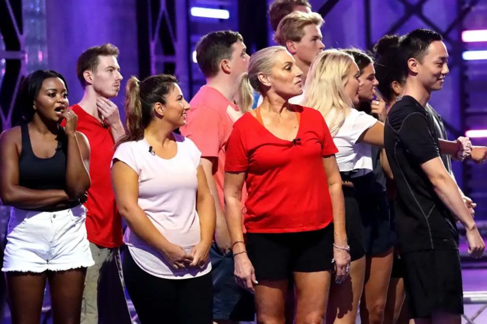 Eine diverse Schar an Kandidaten begann am Montag mit Big Brother Australia..