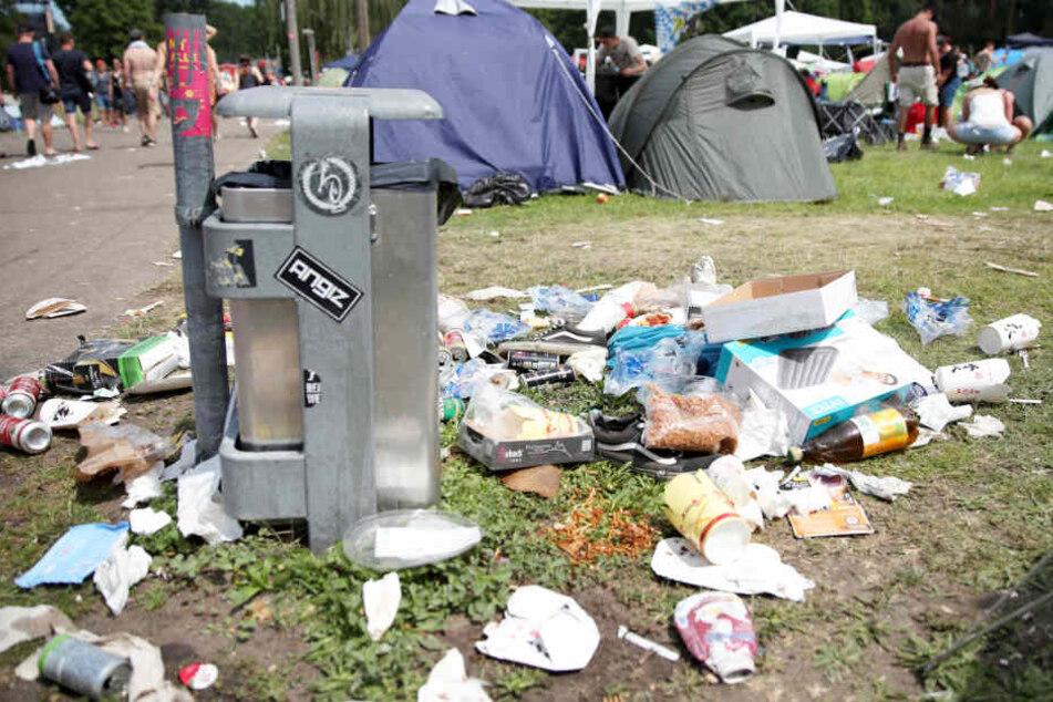 Das Festivalgelände glich auch in diesem Jahr wieder einer Mülldeponie.