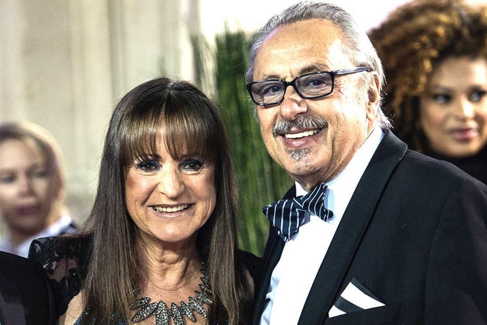 Christine Stumph (68) mit ihrem Ehemann Wolfgang Stumph (72) - die Glückspilze des Abends.