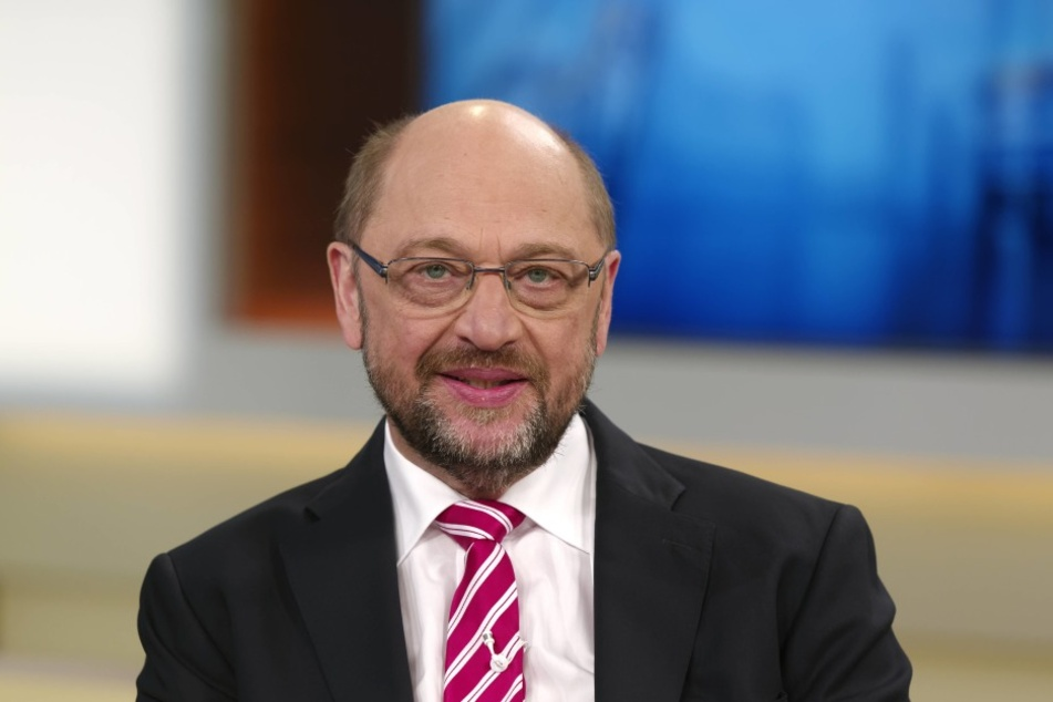 Der SPD-EuropapolitikerMartin Schulz(60) will den Vorsitz des EU-Parlaments abgeben und in die Bundespolitik wechseln