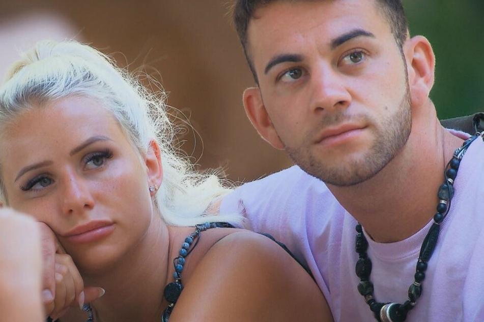 Carina und Serkan sind dagegen noch immer zusammen.