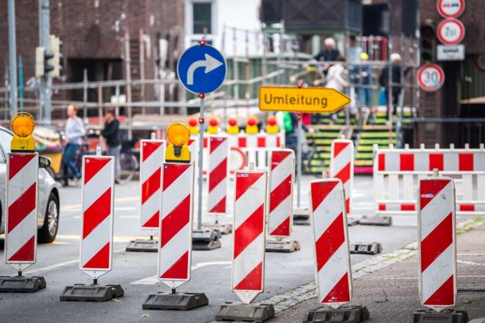 Nichts geht mehr! Brückenarbeiten legen Stadtverkehr lahm