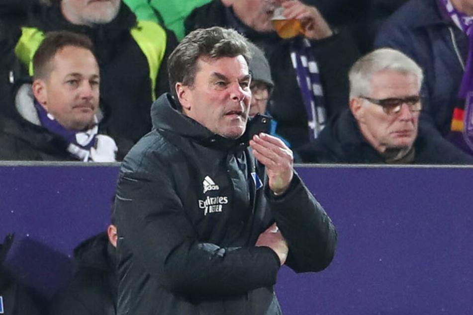 HSV-Trainer Dieter Hecking war nach der Pleite angefressen.