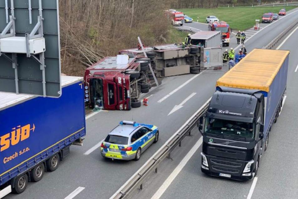 Die Unfallstelle wurde von der Polizei abgesperrt.