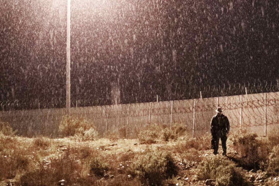 Flüchtling will in die USA einreisen und wird abgewiesen, dann zückt er ein Messer