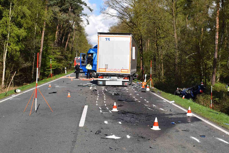 Ein Schaden von ungefähr 215.000 Euro entstand bei dem Unfall.