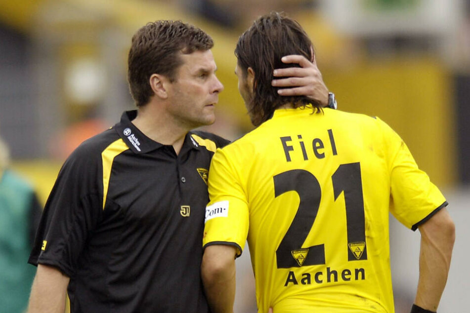 Dieter Hecking (l.) und Cristian Fiel erlebten bei Alemannia Aachen gemeinsam erfolgreiche Zeiten. Jetzt stehen sie sich als Trainer gegenüber.